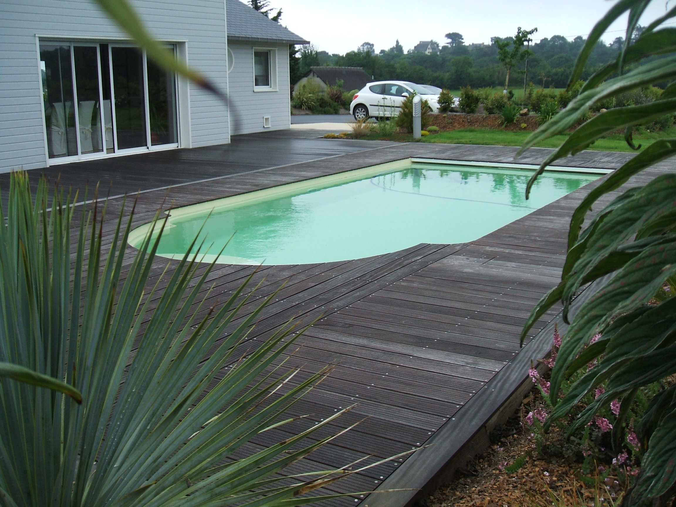 Piscine coque polyester seine maritime for Construction piscine 76